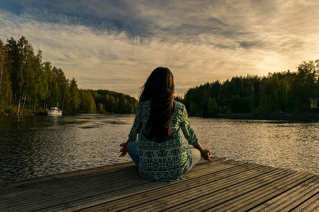 7 raisons de pourquoi méditer