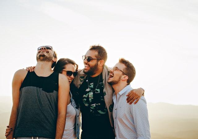 Comment se faire des amis en 9 principes vieux comme le monde